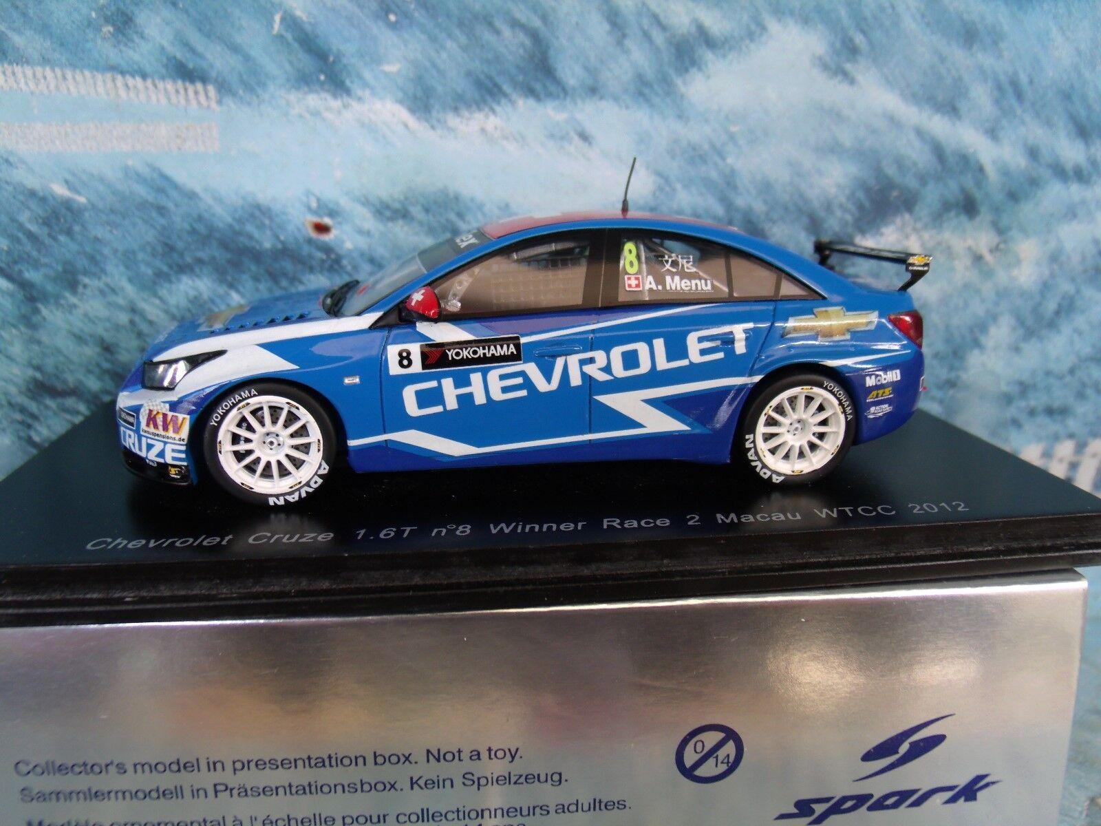 1 43 Spark Chevrolet CRUZE 1.6 T Voiture  8 WTCC 2012 Winner Race 2 Alain Menu S2496