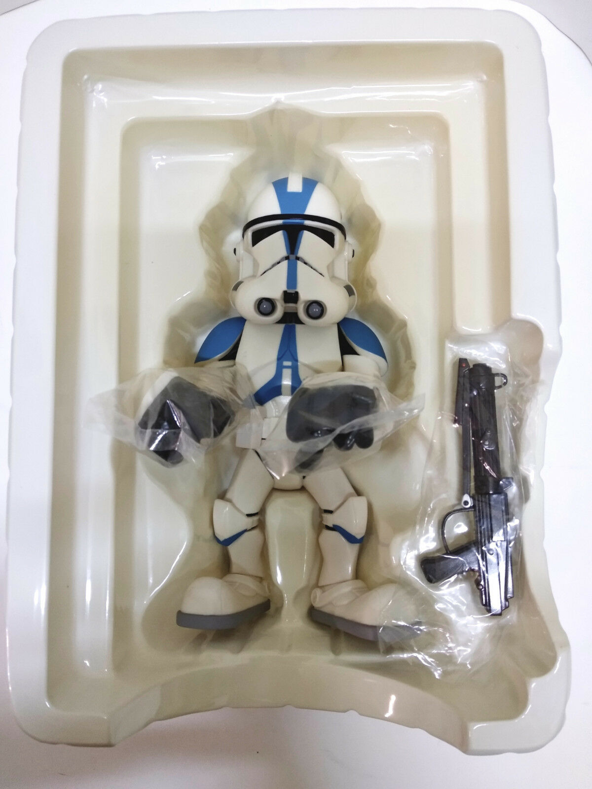 MEDICOM TOY STAR WARS Clone Trooper 501st Vinyl Collectible Collectible Collectible NEW 3528b7