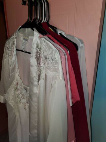14 Piece Lot of Vintage - Nightgowns Robes - All … - image 1