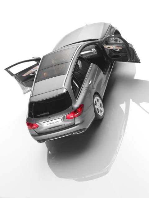 MERCEDES-BENZ 1:18 MODELLO DI AUTO CLASSE C T-modello station wagon w205 s205 Diamante Argento