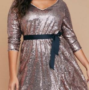 LANE BRYANT beautiful Rosa Gold sequin Fit N Flare Faux Wrap Dress Größe 26 28