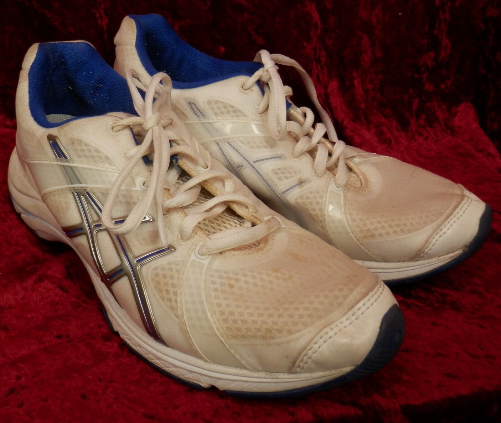 Asics womens Gel-Ipera white purple cheer athletic shoes size 6.5