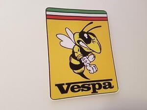 #278-2 Vespa Jaune Regard à Droite 7x9 Cm Stickers Autocollant Sticker-afficher Le Titre D'origine Gagner Une Grande Admiration
