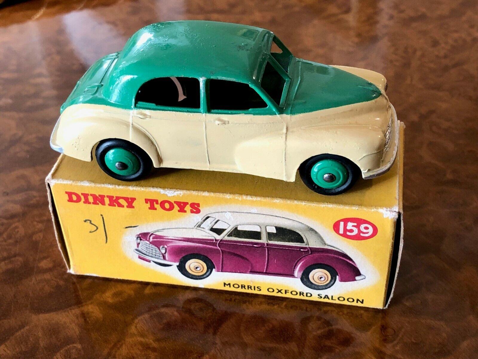Vintage Dinky Toys   MIB   Morris Oxford Saloon   No. 159