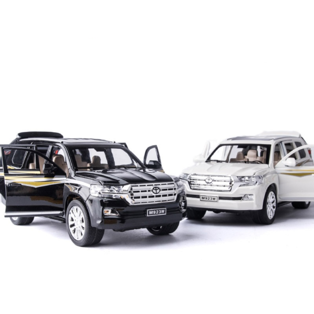 Toyota Land Cruiser 4x4 1:24 Maßstab 200 VX Wagon 2017 Diecast Model Mini 4wd Auto