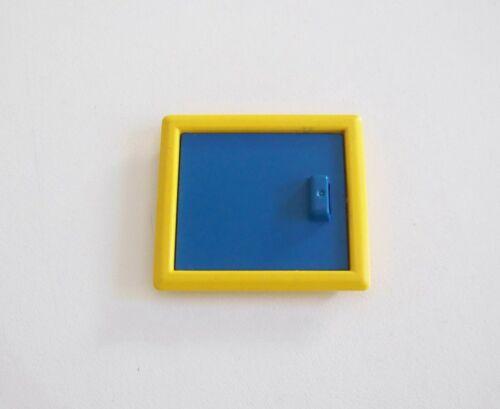 CHANTIER Q31c06 PLAYMOBIL Fenêtre Bleue Cadre Jaune Remorque 3760 Jaunie
