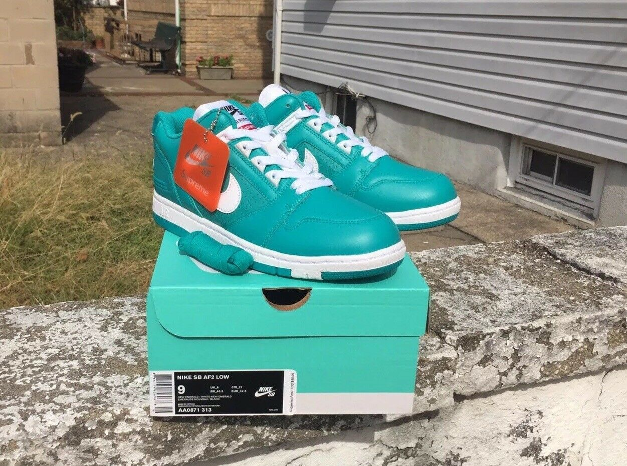 New Supreme x Nike SB Air Force 2 Low New Emerald/White AA0871-313 US Size 9