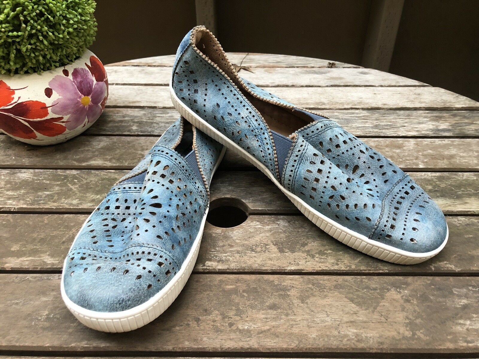 EARTH Tayberry Slip-on Casual shoes Denim bluee Jean Size 9