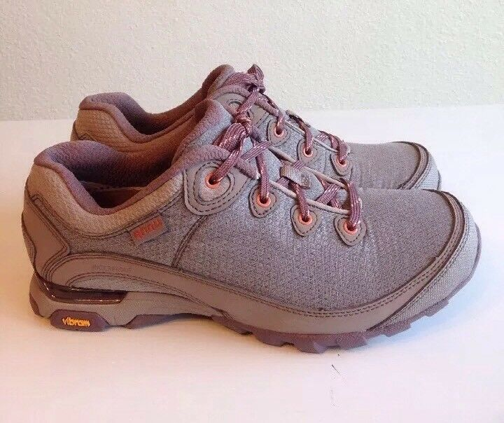 NEW WOMENS SATELLITE GREY SIZE 8.5 AHNU BY TEVA SUGARPINE II WP HIKING SHOES