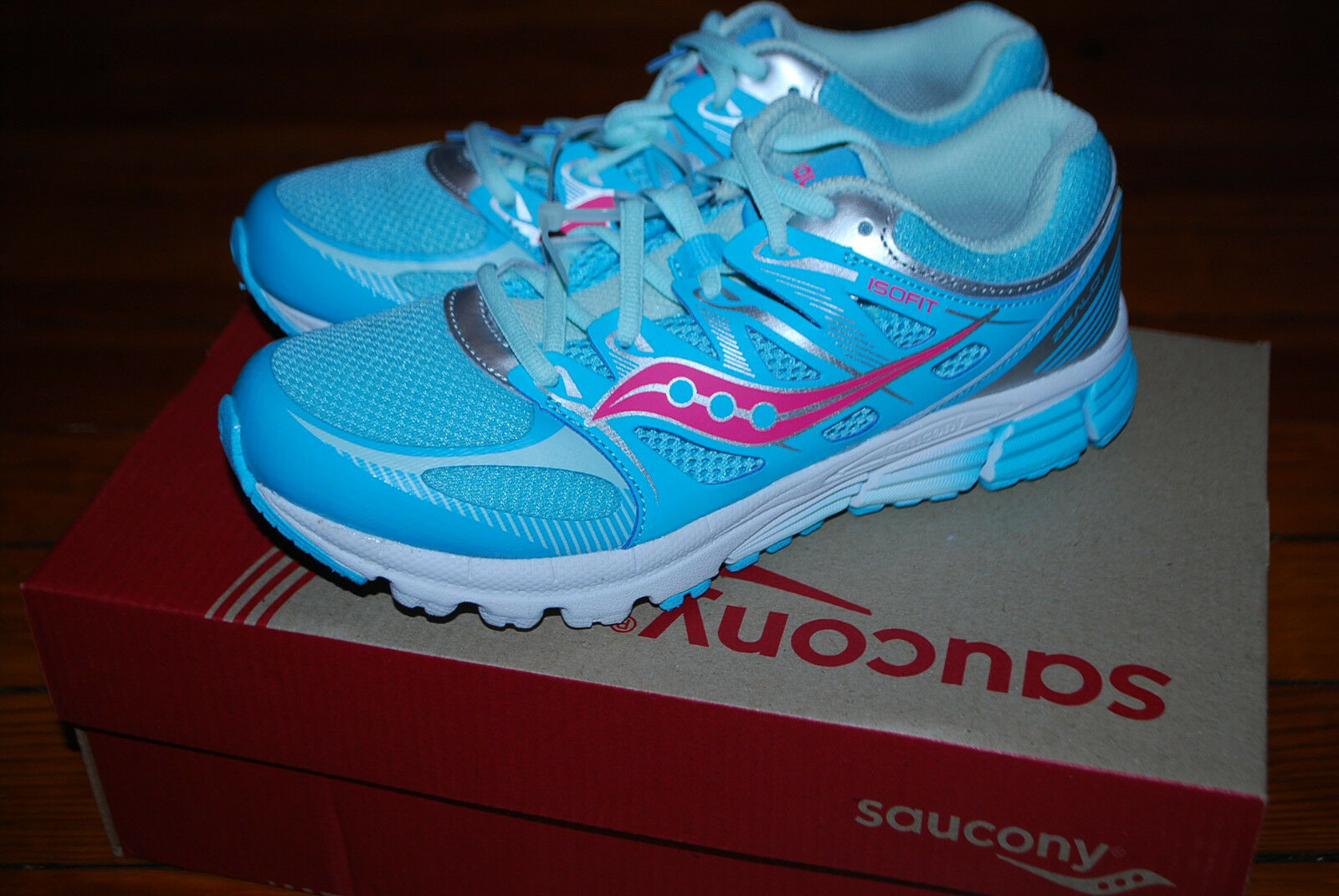 NEW Femme Saucony Zealot ISO Turquoise / Coral Running Sneakers (5, 5.5)