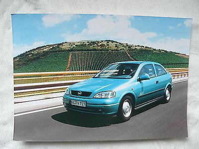Ausdrucksvoll O0011) Opel Astra Eco 4 - Presse-foto Werkfoto Press Photo 04.2002 Feine Verarbeitung