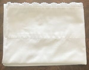 Country-Living-Crocheted-Trim-White-Standard-Pillowcase-Cotton-1