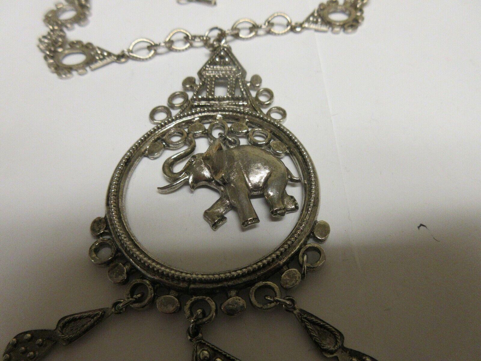 Costume Jewelry , Vintage , ART Co. Elephant Necklace ,