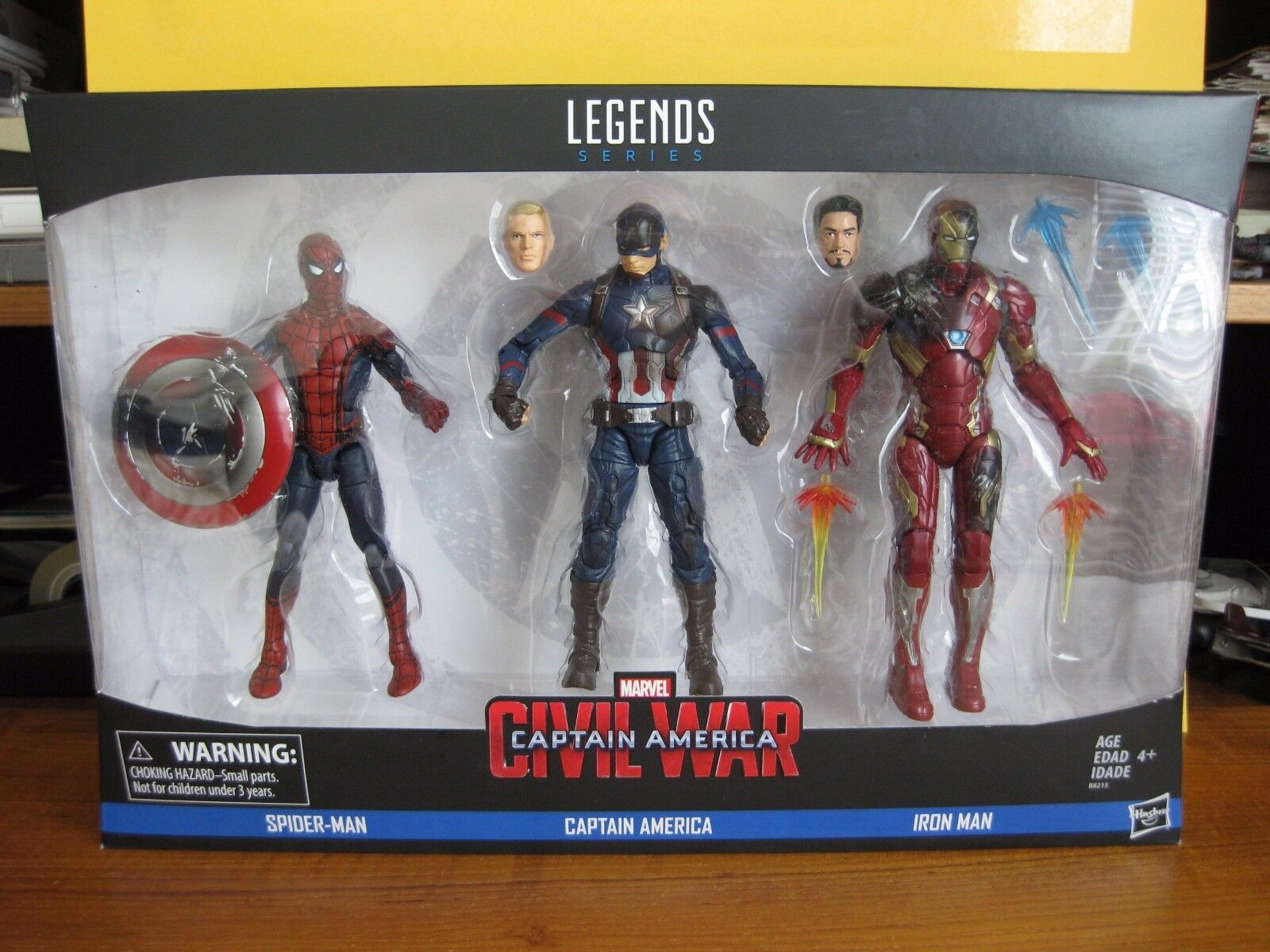2016 Marvel Legends Ent Earth Civil War 3 Pk Spider Man 6