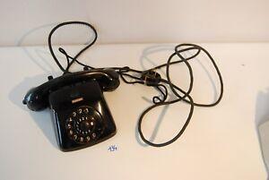 C134-Ancien-telephone-en-Bakelite-noire-cable-en-tissu-1959