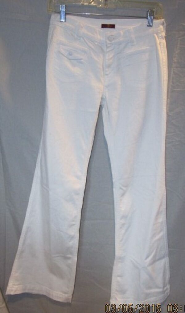 7 FOR ALL MANKIND WHITE FLARE LEG COTTON SPANDEX JEANS SZ 2 NWOTS