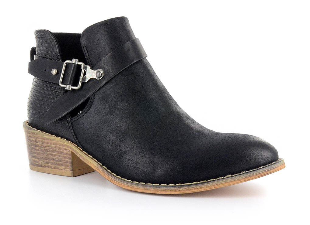 Corkys Womens Celtic Faux Leather Cut Out Ankle Boots