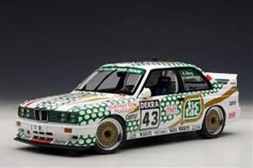 1:18 Autoart BMW E30 M3 DTM 1991 Tic Tac de Berg #