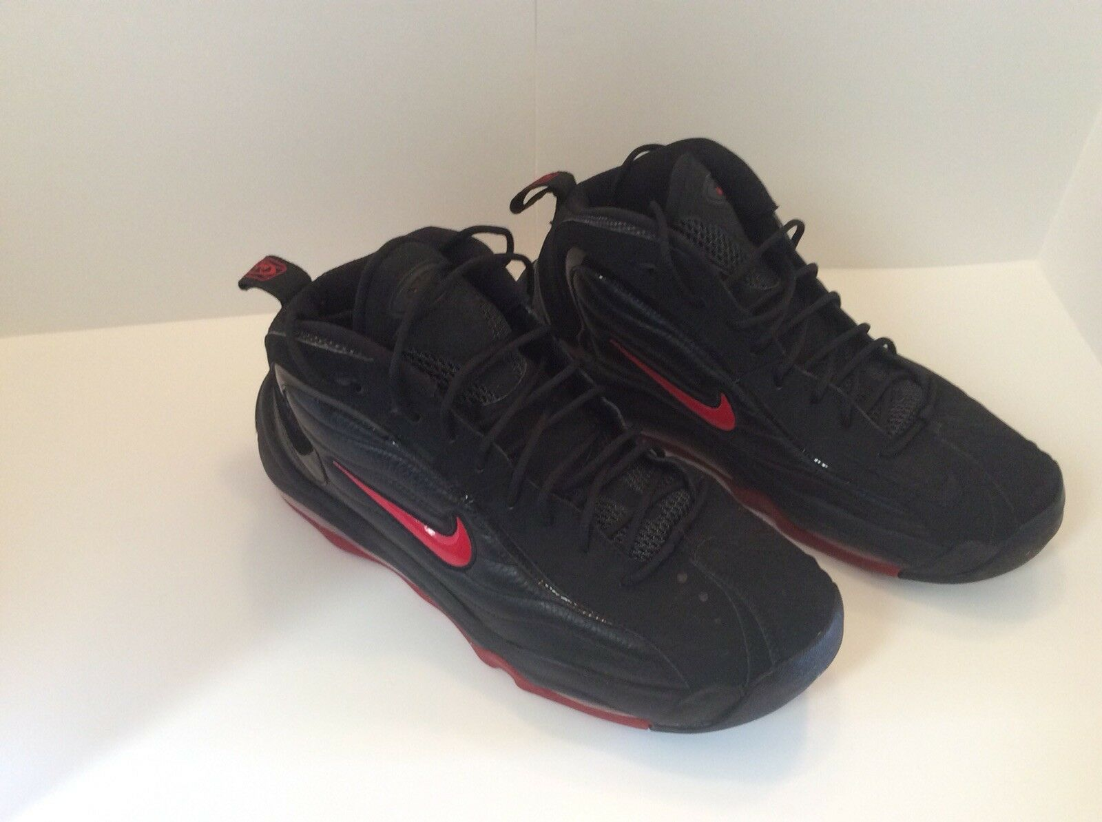 Mens Total Total Total Max UPTEMPO Black varsity Red Size12 5d4a91