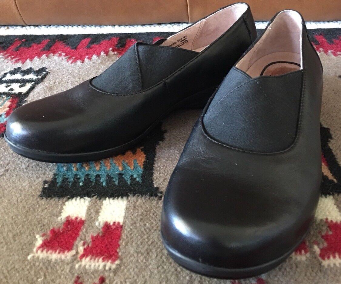 DANSKO donna's Dimensione 41 Ann Round Toe Flat nero Slip On Leather Elastic scarpe