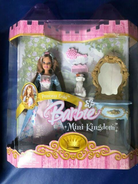 NEW 2005 BARBIE MINI KINGDOM PRINCESS ODETTE DOLL SET ACCESSORIES PETS FURNITURE