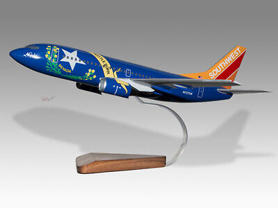 Boeing 737-700 Southwest Airlines Battle Born Solid Wood Handmade Desktop Model Lustrous Models