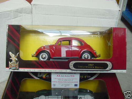 1 1 1 18 SCALE MODEL OF THE FAMOUS 1967 VW BEETLE IN RED a92dd8