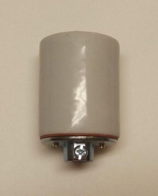 KEYLESS PORCELAIN LAMP SOCKET WITH GROUND SCREW LAMP PART NEW 48303JB