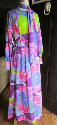 Tori Richard Honolulu Long Floral Dress vintage Si