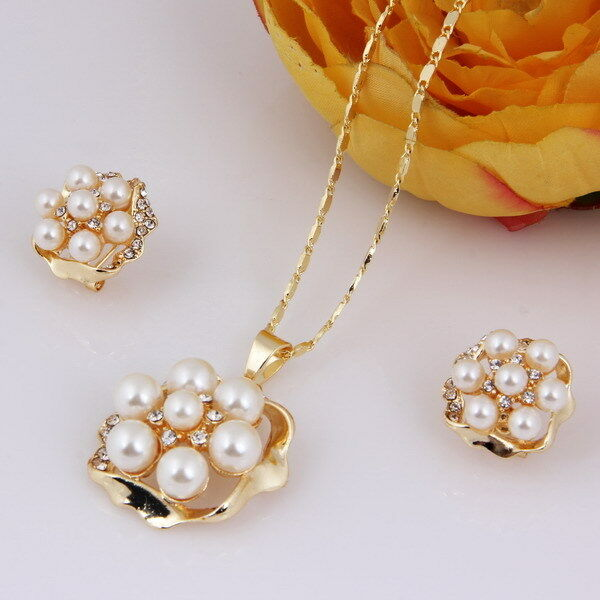 Fashion Necklace Earring Pendant Chain Crystal Choker White Pearl Jewelry Set