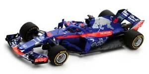 Scuderia-Toro-Rosso-Honda-STR13-Brendon-Hartley-Aserbaidschan-2018-1-43