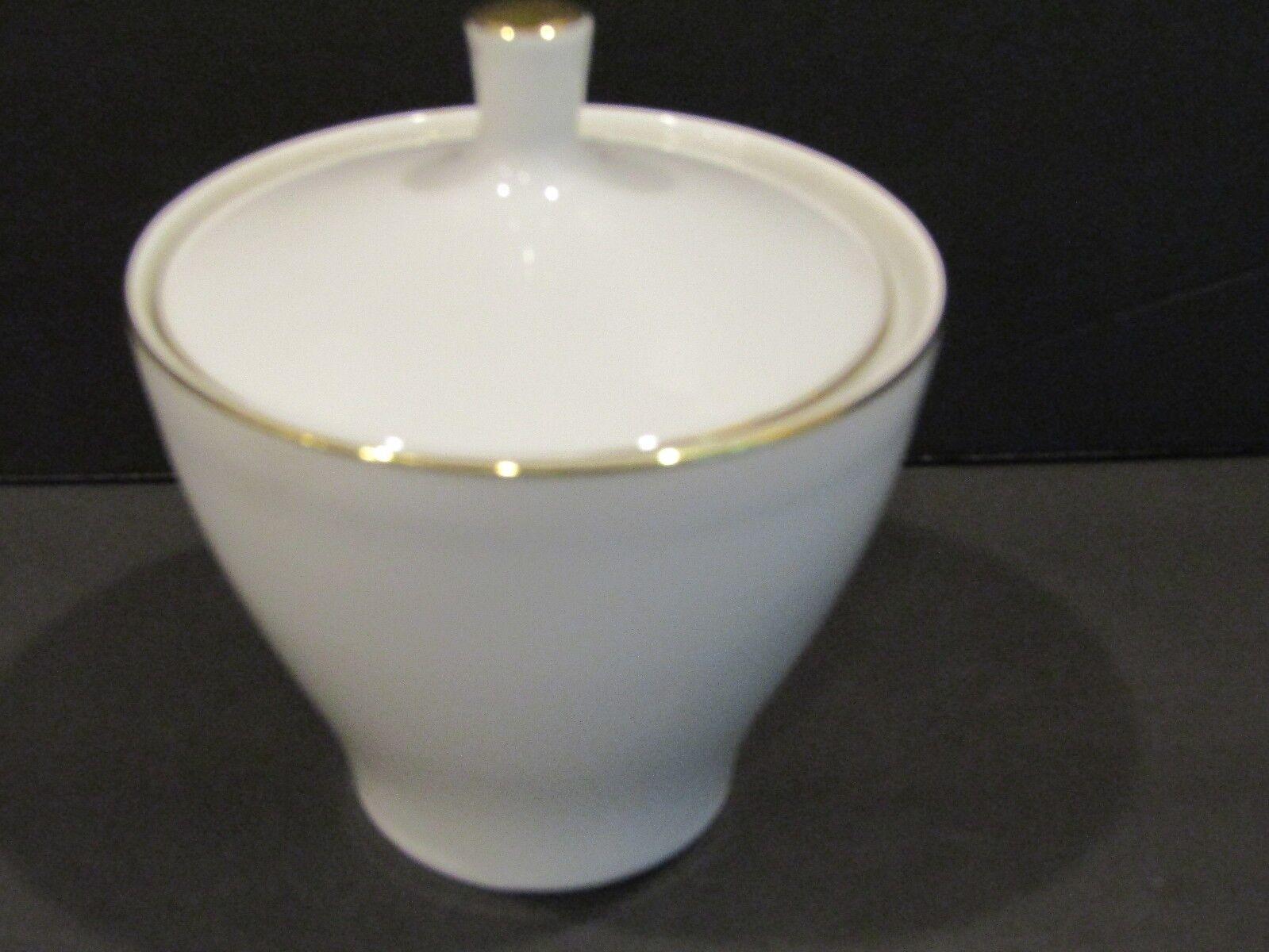 Mikasa fine china Imperial Narumi 5537  fruit bowl
