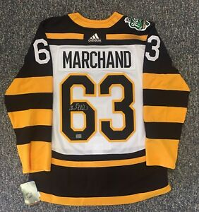 newest da5d4 86251 Details about Brad Marchand Boston Bruins Signed 2019 Winter Classic Adidas  Jersey