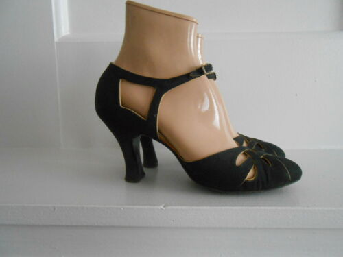 Vintage 1930s Shoe Craft Salon Black with Gold Tri