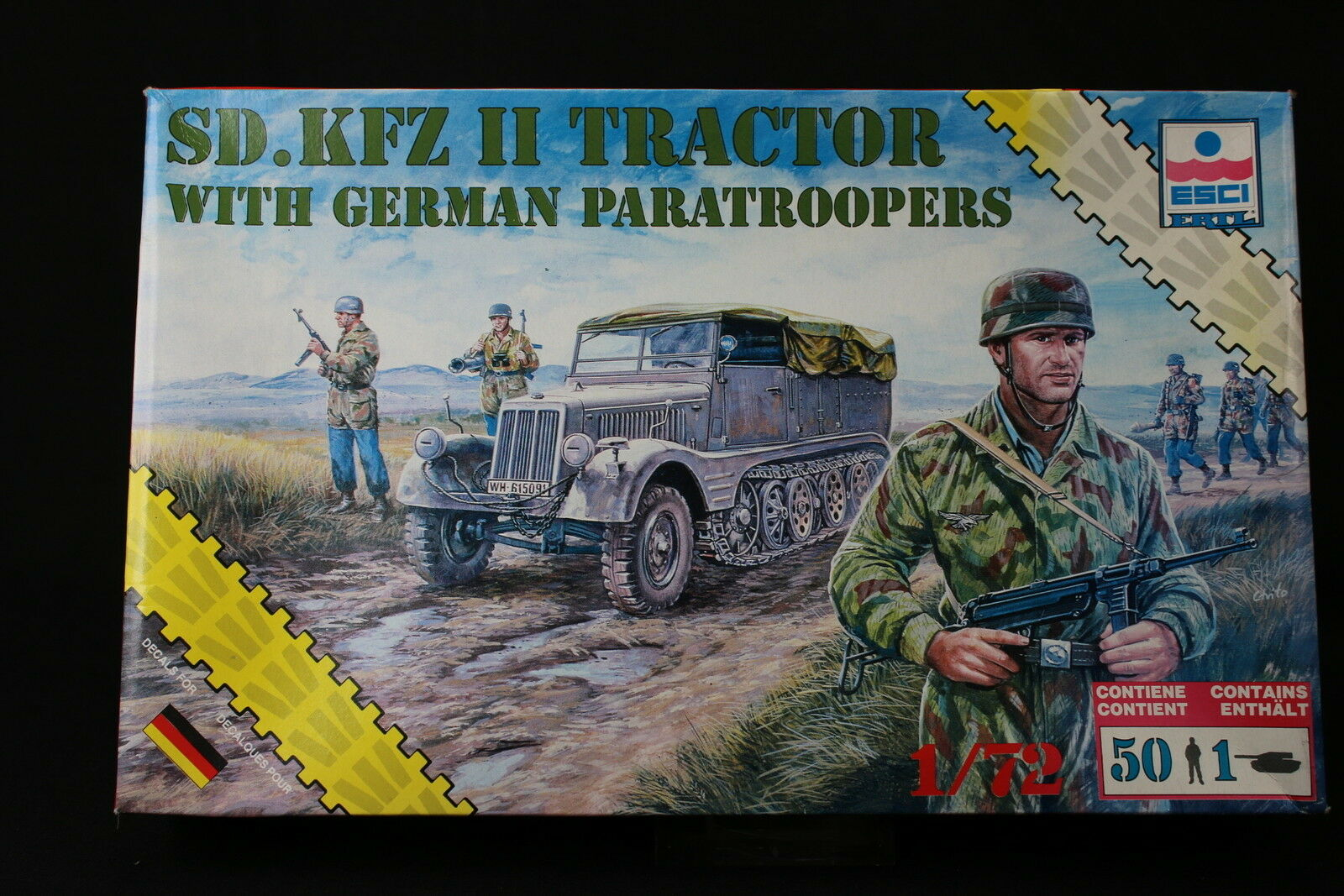 YD033 ESCI 1 72 maquette tank char 8624 SD.KFZ II Tractor & German Paratroopers