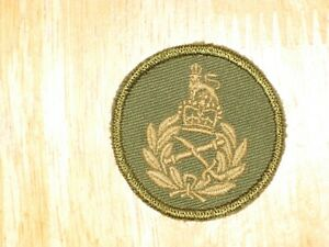 QC-Canadian-Army-Cap-Badge-Major-General-and-Higher-nice