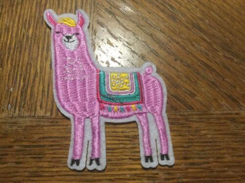 Alpaca Pink Iron//Sew ON Patch Cloth Patch Sew Applique 3-1//2 x 2-1//4