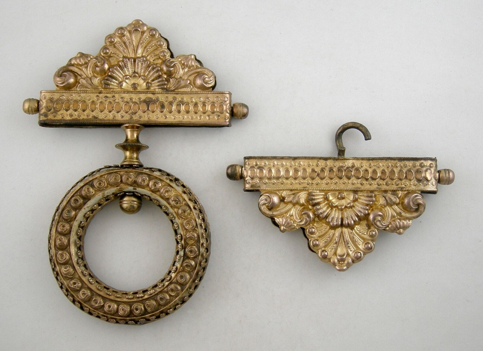 Antique bronze/brass Bell pull hardware with Dore finish (Ca.1880-1900)
