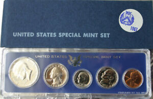 1967 SMS FIVE COIN SPECIAL MINT SET WITH PROOF-LIKE SILVER KENNEDY HALF AND BOX