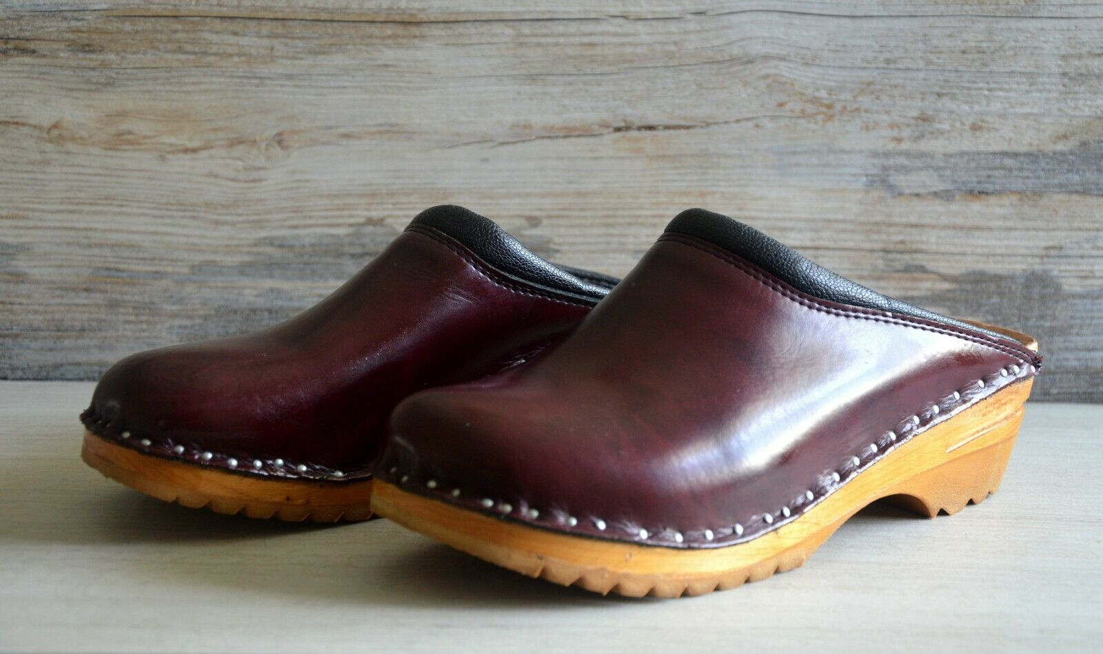 Gently used original Troentorp Clogs, in Burgundy Coloree, Dimensione  37