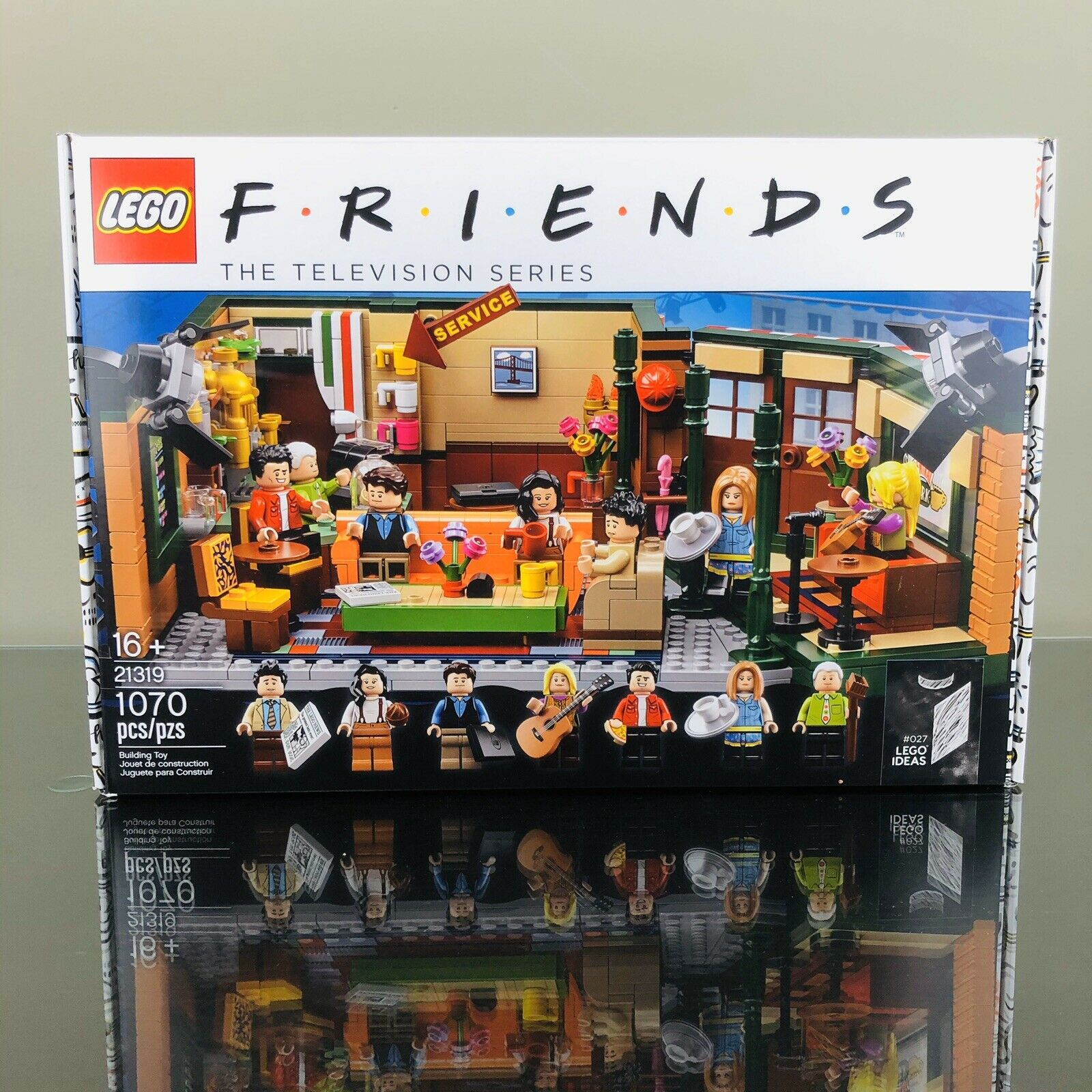 Lego Ideas Central Perk Friends 21319 NIB In Hand Sealed FAST SHIPPING Sold Out