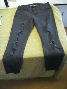 d0a26f61666 Old Navy Mid-Rise Distressed Rockstar Super Skinny Jeans SIZE 10 ...