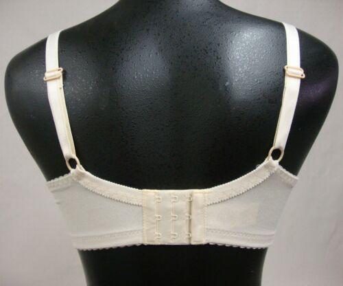 Fancee Free 6197 WHITE Softcup Nursing Bra Size 34B