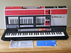 yamaha psr f50 keyboard hardly been used 61 key 120. Black Bedroom Furniture Sets. Home Design Ideas