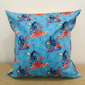 18-034-45cm-FINDING-DORY-Cotton-Cushion-Cover-Made-Australia