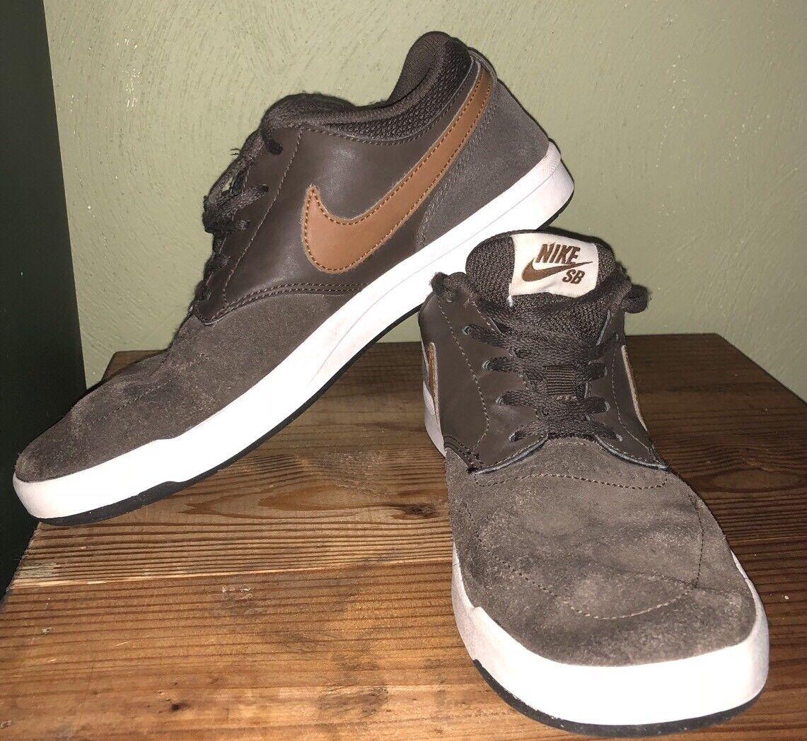 Nike sb classico classico classico ale Marronee   Marroneee   bianco misura 7,5 mens skate scarpe | Lussureggiante In Design  91fa0a
