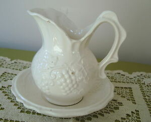 Image Is Loading Vintage Enesco An White Ceramic G Mini Pitcher