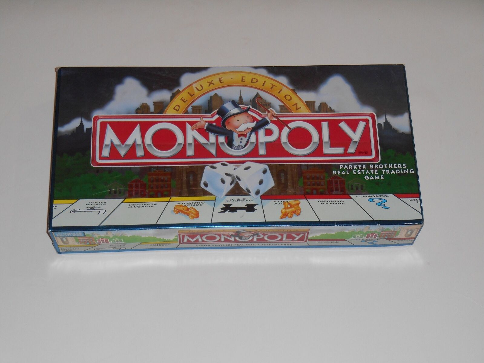 Vintage 1995 Parker Bredhers MONOPOLY Deluxe Edition Board Game gold Tokens Wood