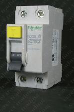 Schneider Domae RCBO B20 20A amp 30mA 6KA 1P Tybe B DOM20B6R30 TS36111