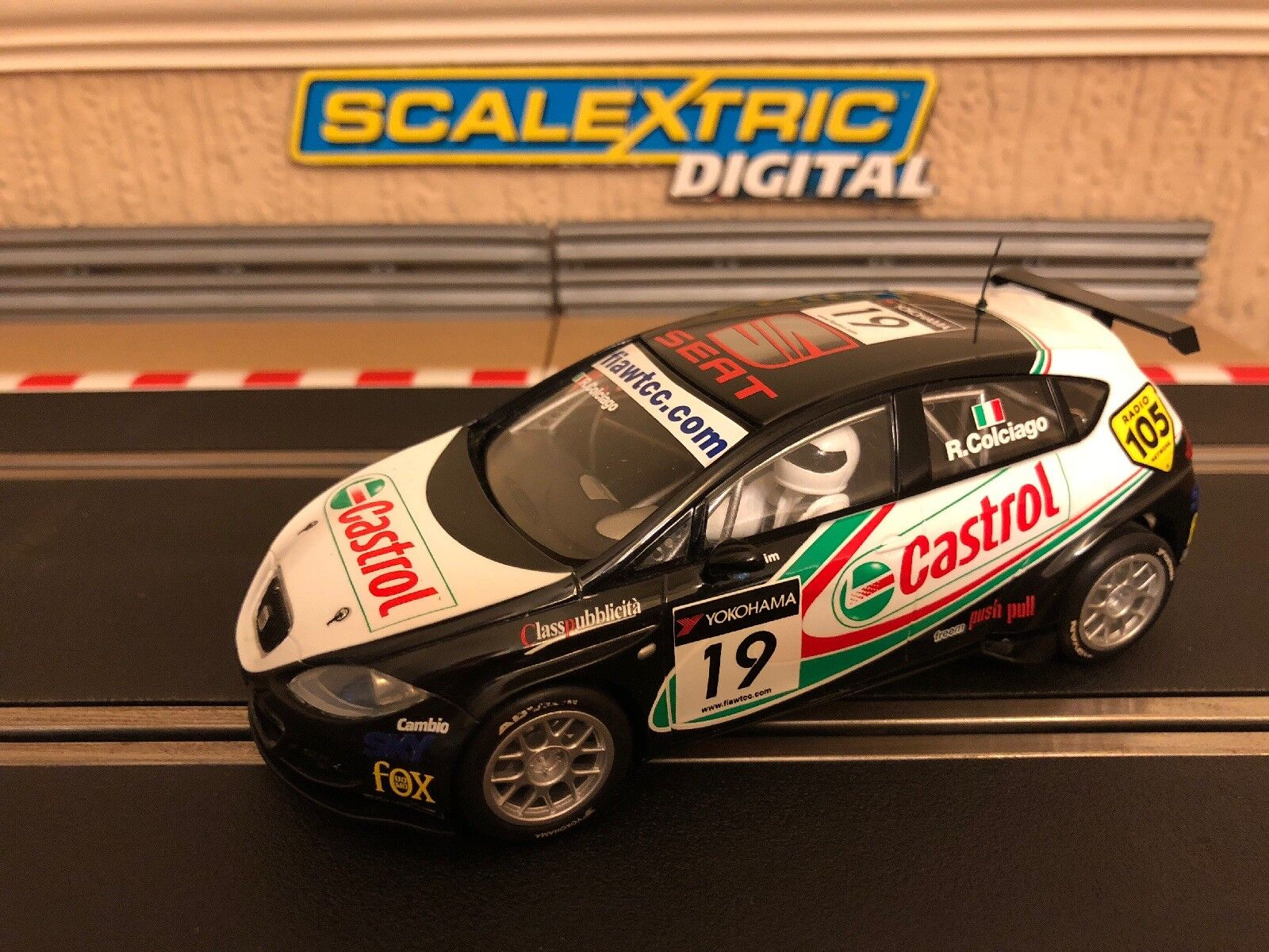 Scalextric Digital Seat Leon WTCC No19 R.Colciago C2912 Mint Condition